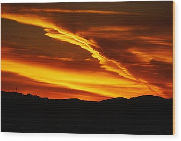 Sky On Fire Wood Print by Michael Courtney