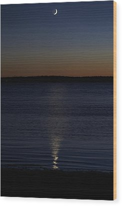 Sliver - A Crescent Moon On The Lake Wood Print by Jane Eleanor Nicholas