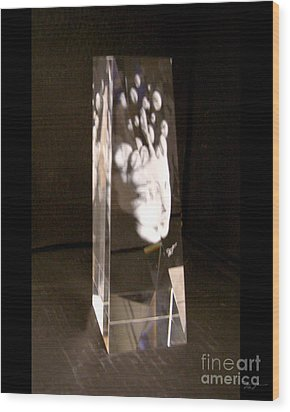 Slow Boil Crystal Sculpture 6 Wood Print by Dia T