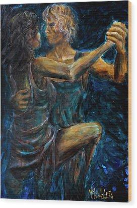 Slow Dancing II Wood Print by Nik Helbig