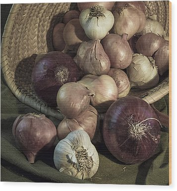 Smelly Bounty Wood Print by Jean Noren