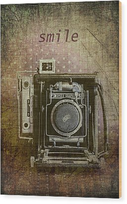 Smile For The Camera Wood Print by Karen Stephenson