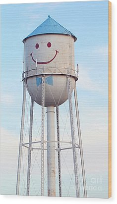 Smiley The Water Tower Wood Print by Steve Augustin