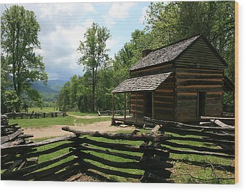 Smoky Mountain Cabin Wood Print
