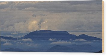 Smokey Tippy Top Morning Wood Print by Peter  McIntosh