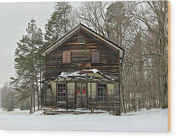 Snow On The General Store Wood Print by Benanne Stiens