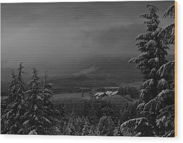 Wood Print featuring the photograph Snow On The Horizon Bw by Timothy Latta