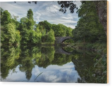 Snowdonia Summer On The River Wood Print by Beverly Cash