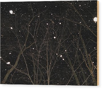 Wood Print featuring the photograph Snowfall by Carlee Ojeda