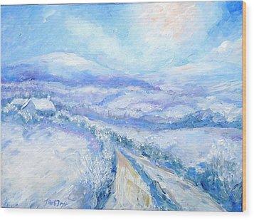 Snowfall On The Laneway  Wood Print by Trudi Doyle