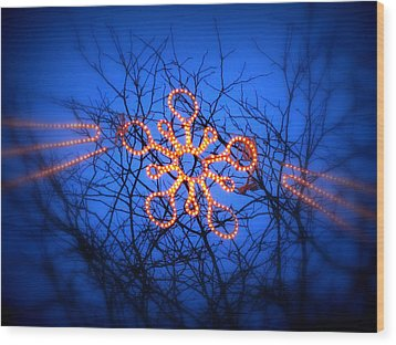 Wood Print featuring the photograph Snowflake Christmas Lights by Aurelio Zucco
