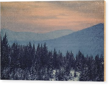 Snowing Sunset Wood Print by Melanie Lankford Photography