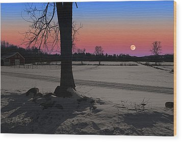 Wood Print featuring the photograph Snowy Moonrise by Larry Landolfi