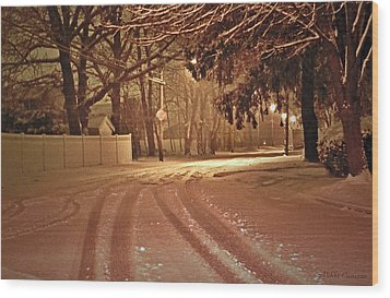 Snowy Night Wood Print by Mikki Cucuzzo