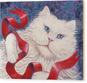 Snowy The Cat Wood Print by Linda Mears