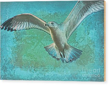 Soaring On Lifes Air Drafts Wood Print by Deborah Benoit