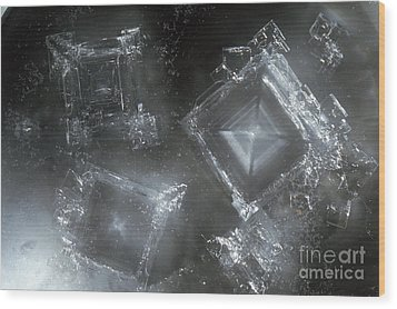 Sodium Hydroxide Crystals Wood Print by Charles D Winters