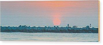 Soft Sunrise At Jetty Park Wood Print by Cliff C Morris Jr