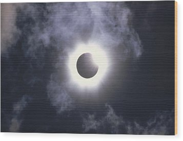 Solar Eclipse August 11 1999 Wood Print by Konrad Wothe