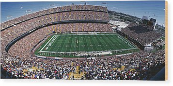 Sold Out Crowd At Mile High Stadium Wood Print