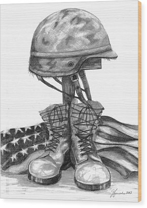 Soldiers Cross Remember The Fallen Wood Print