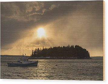 Wood Print featuring the photograph Sorrento Squalls by Patrick Downey