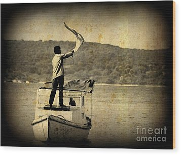 Sos   Need Gas To Get To Shore Wood Print by John Malone