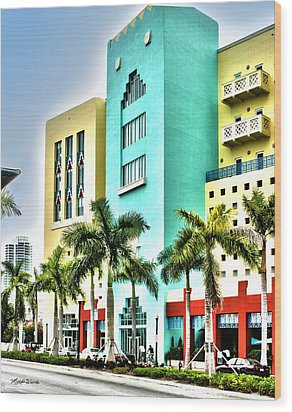 South Beach Wood Print by Michelle Wiarda