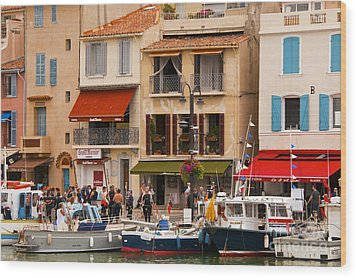 South Of France Fishing Village Wood Print by Bob Phillips