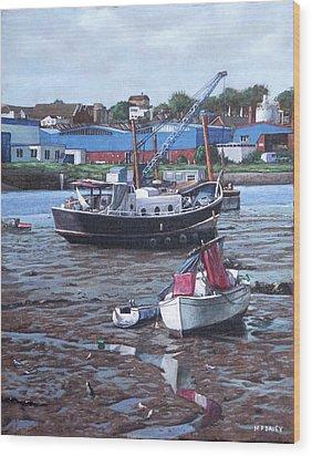 Southampton Northam Boats Wood Print by Martin Davey