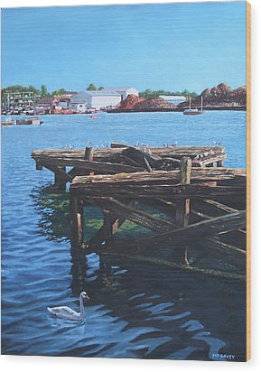 Southampton Northam River Itchen Old Jetty With Sea Birds Wood Print by Martin Davey