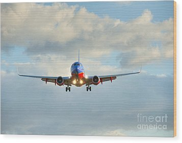 Southwest Airline Landing Gear Down Wood Print by David Zanzinger