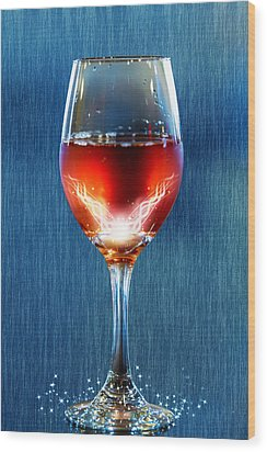 Sparkling Moscato Wood Print by Bill Tiepelman