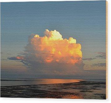 Spectacular Cloud In Sunset Sky Wood Print