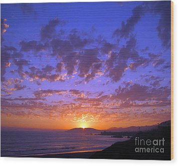 Wood Print featuring the photograph Spectacular Sunset  by Debra Thompson