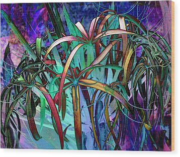 Spider Lilly Wood Print by Athala Carole Bruckner