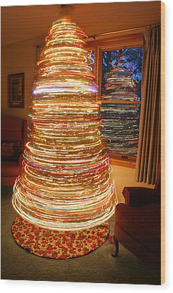 Spinning Christmas Tree Wood Print by Barbara West