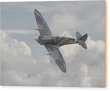 Spitfire - Elegant Icon Wood Print