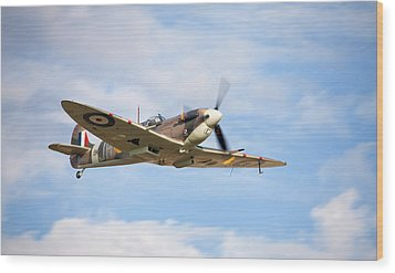 Spitfire Mk5 Low Pass Wood Print