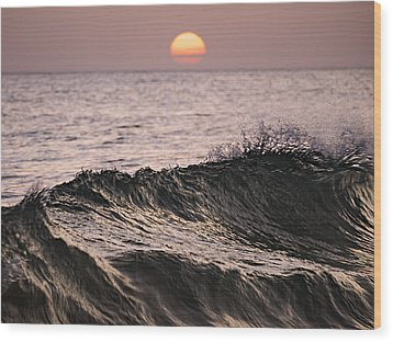 Wood Print featuring the photograph Splash by Antonio Jorge Nunes