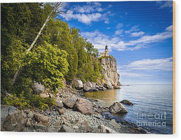 Wood Print featuring the photograph Split Rock Shoreline by Mark David Zahn