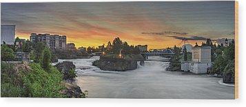 Spokane Sunrise Wood Print by Michael Gass