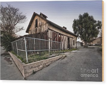 Spooky Chino Barn Wood Print by Gregory Dyer