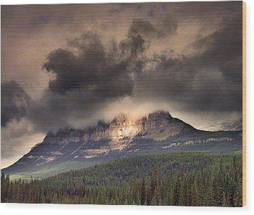 Spotlight On Castle Mountain Wood Print