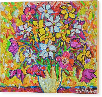 Spring Flowers Bouquet Colorful Tulips And Daffodils Wood Print by Ana Maria Edulescu