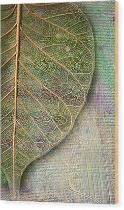 Spring Leaf Wood Print by Bonnie Bruno