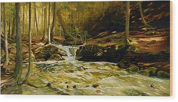 Spring Rush Wood Print by Linda Hunt
