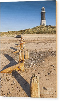 Spurn Point Lighthouse And Sea Defences Wood Print by Colin and Linda McKie