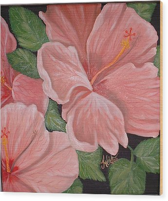 Square Foot Hibiscus Wood Print by Kathern Welsh