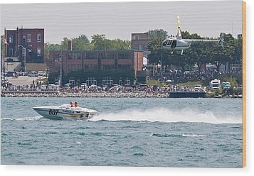St. Clair Michigan Usa Power Boat Races-4 Wood Print by Paul Cannon
